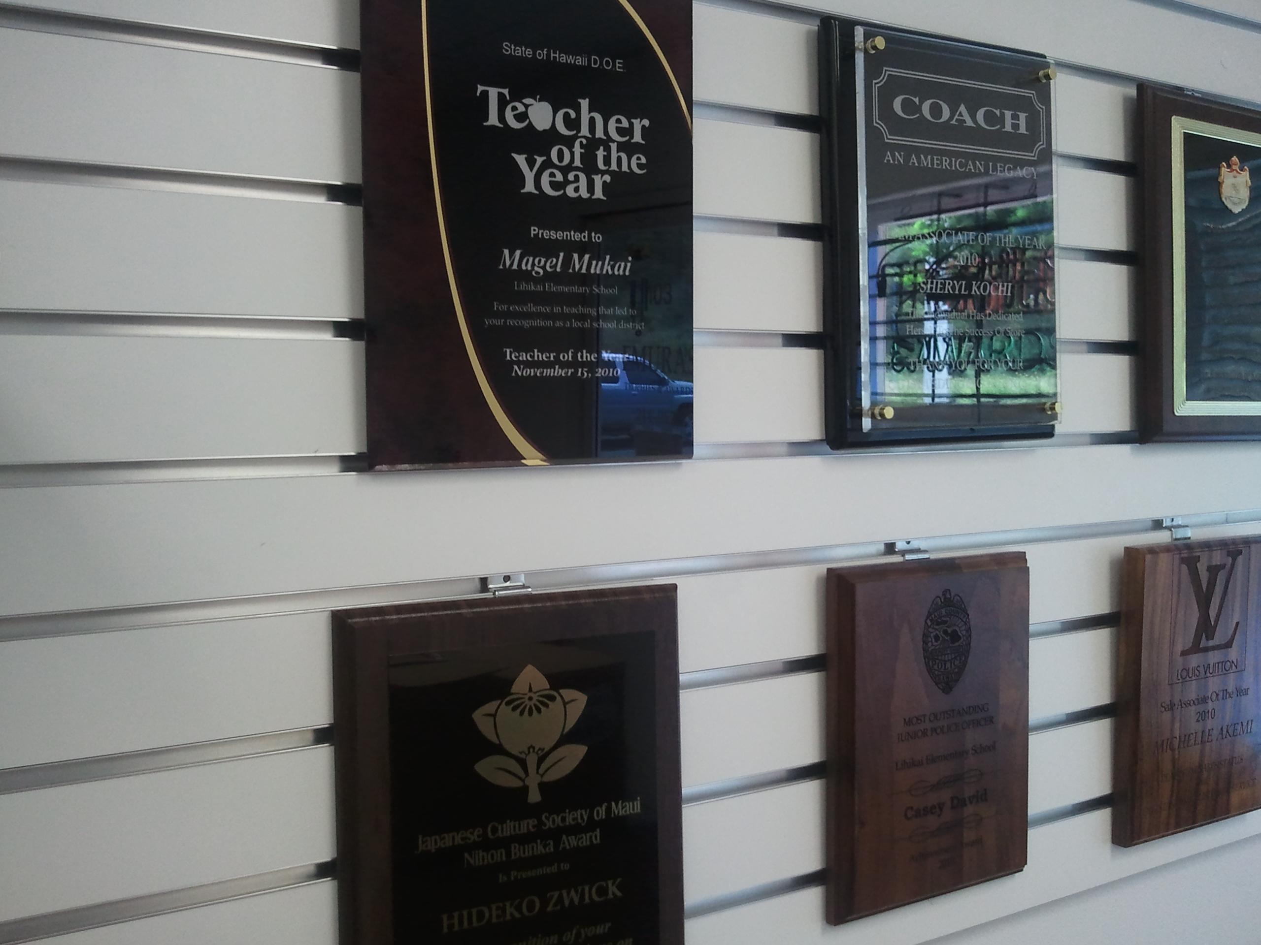 Plaques awards plaques maui awards maui wall plaque maui hawaii
